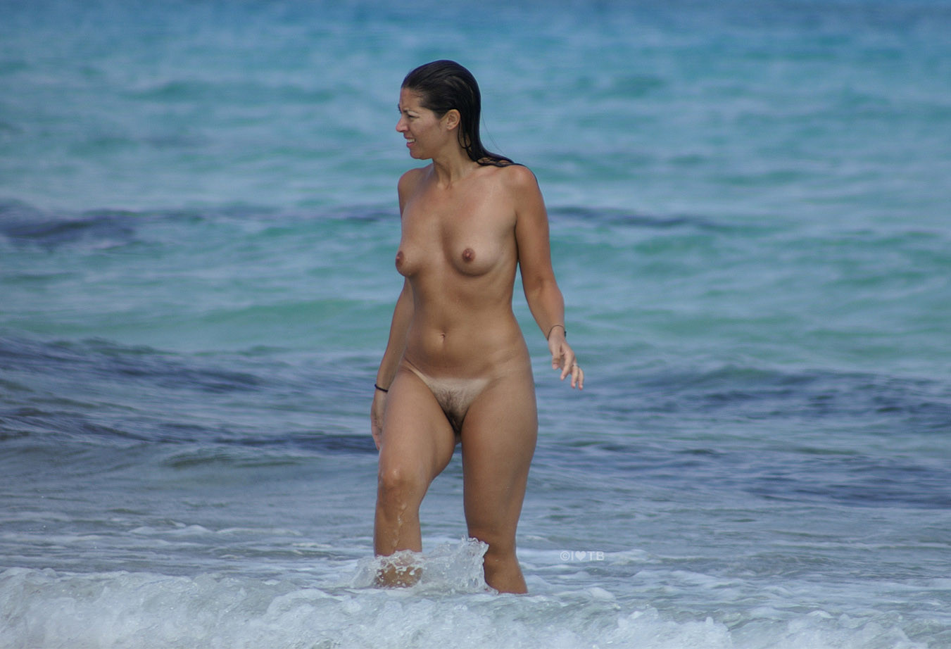 Sunbathing beaches nude